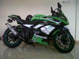 Dijual Segera!! Kawasaki Ninja 250R