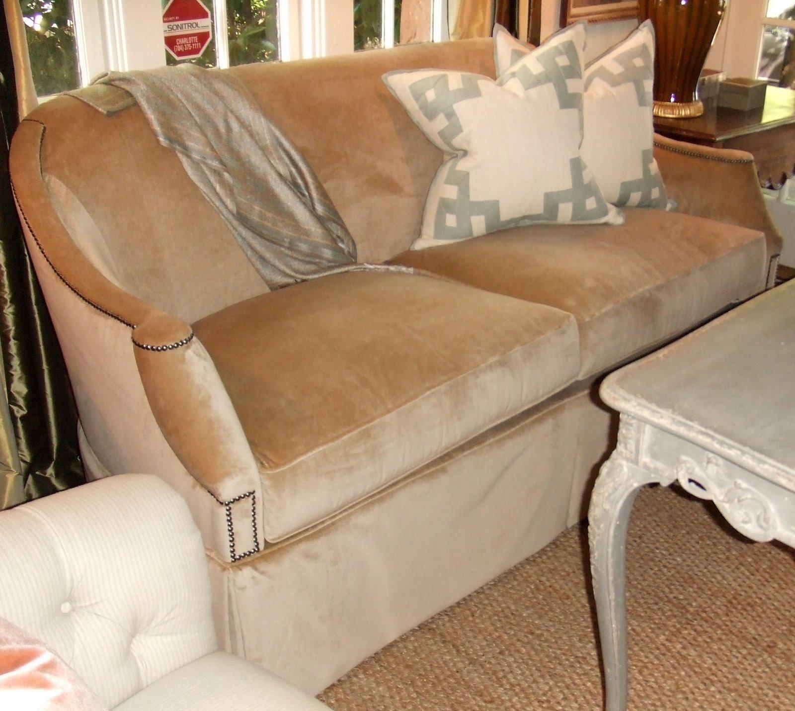 Circa hickory chair sofa for Sectional sofa hickory chair