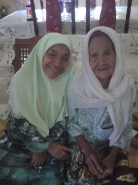 my beLovEd grAnDmOm