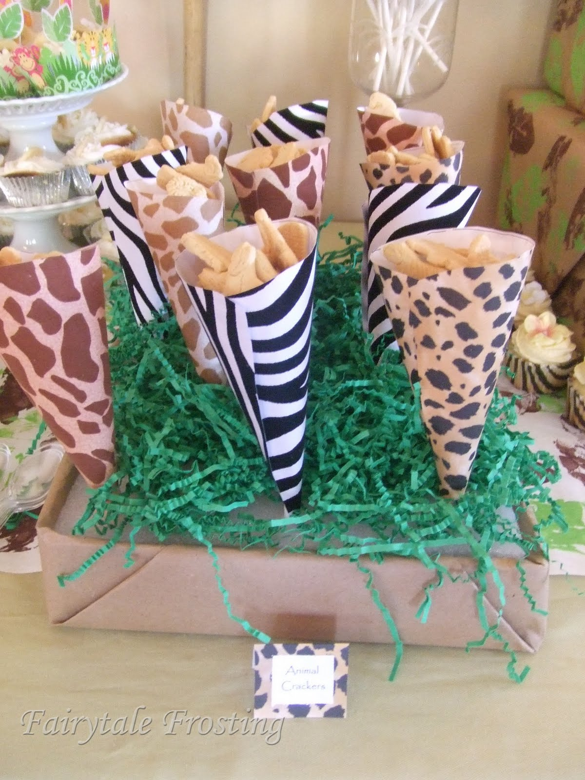 Fairytale frosting baby culver 39 s jungle safari for Animal print baby shower decoration ideas