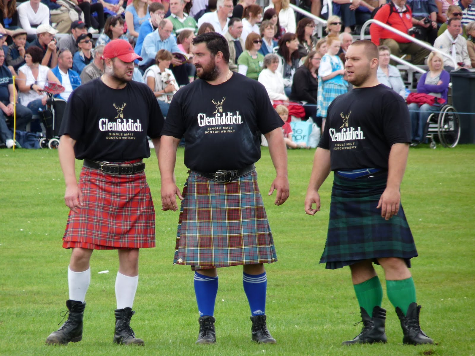 Returned scot unspeakably scots thing big hairy scotsmen theres nothing quite like a big hairy scotsman to keep us amused a friend jetted in from the continent never having visited scotland before solutioingenieria Choice Image