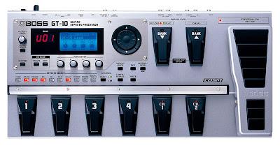 Vista superior de esta pedalera: BOSS GT-10: La última pedalera con procesador de sonido y efectos de Boss