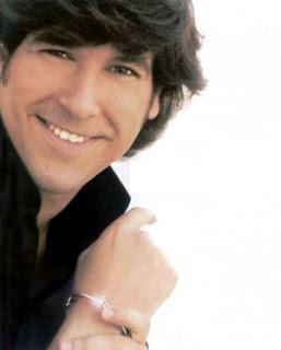 fotografía de Manuel Lombo biografía en caratuleo.com