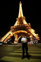 Eiffel tower bomb threat