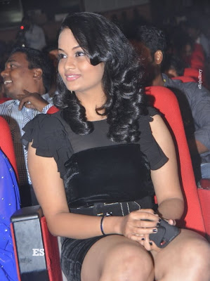 Suja Hot Stills at Nagavalli Audio Launch cleavage