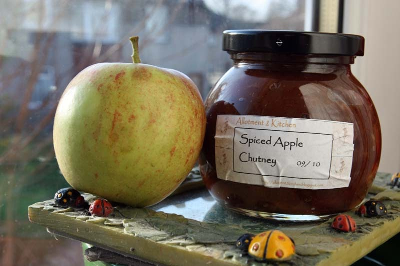 A2K - A Seasonal Veg Table: Spiced Apple Chutney