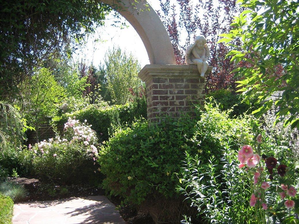 fotos jardins internos:Personal Home Stylist: JARDIM: Jardins Internos