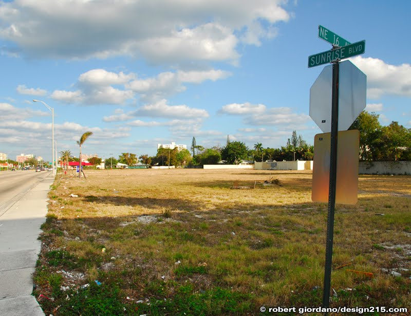 Vacant land on Sunrise Blvd. in Fort Lauderdale