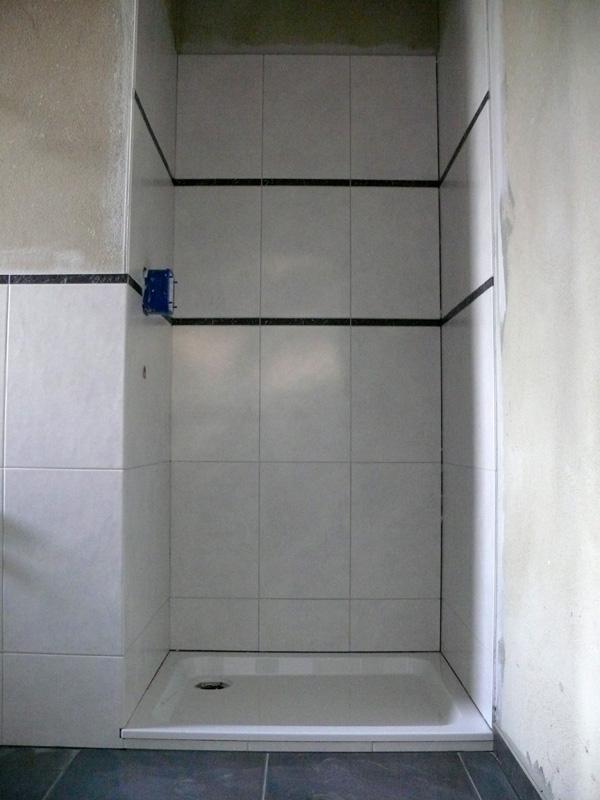 baualarm bei rina und paddy fliesender bergang in die betriebsferien. Black Bedroom Furniture Sets. Home Design Ideas