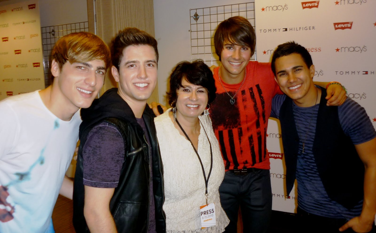 Forays of a finance foodie 2010 hanging out with the boys from big time rush m4hsunfo