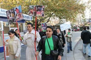تصاویرمربوط به تجمع اعتراضی به مناسبت روزدانشجو مقابل سفارت جمهوری اسلامی در ترکیه , آنکارا