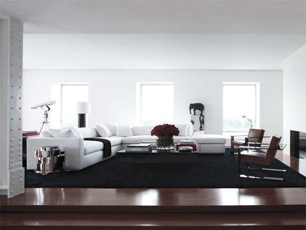 lacing up ralph lauren 39 s manhattan apartment. Black Bedroom Furniture Sets. Home Design Ideas