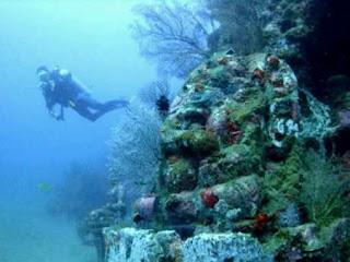 Gambar Candi Di Bawah Laut