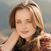 Hollywood Actress Alexis Bledel Wallpaper