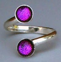 Dichroic Ring in Purple