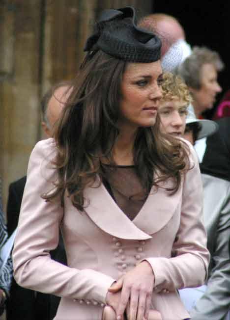 kate middleton knit dress kate middleton katie holmes. kate middleton style dress
