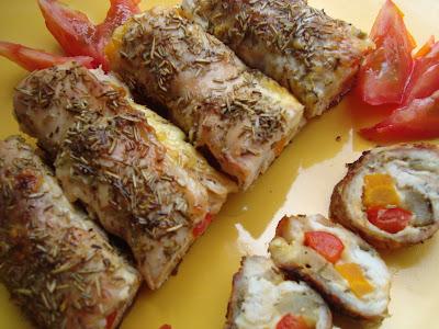 Articole culinare : Rulouri de pui cu rozmarin