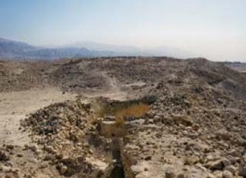 http://3.bp.blogspot.com/_0g9qxLhwL_M/TMYmCqp0uKI/AAAAAAAAB4A/l2xgBJh9U4g/s1600/babedhdhra_lokasi_ditemukannya_reruntuhan_kota_sodom_dan_gomoroh_100815214446.jpg