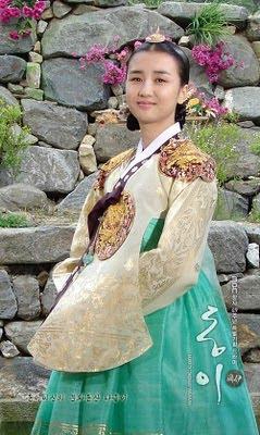 dongyi_queen_Inhyeon9.jpg