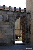 Entrada lateral, na Sé de Braga