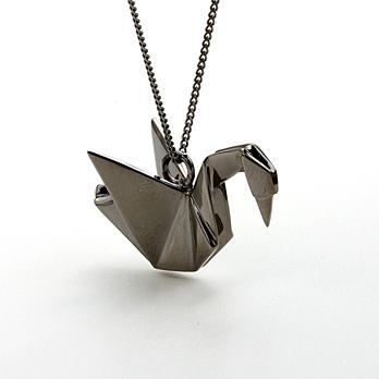 rose lips origami jewelry