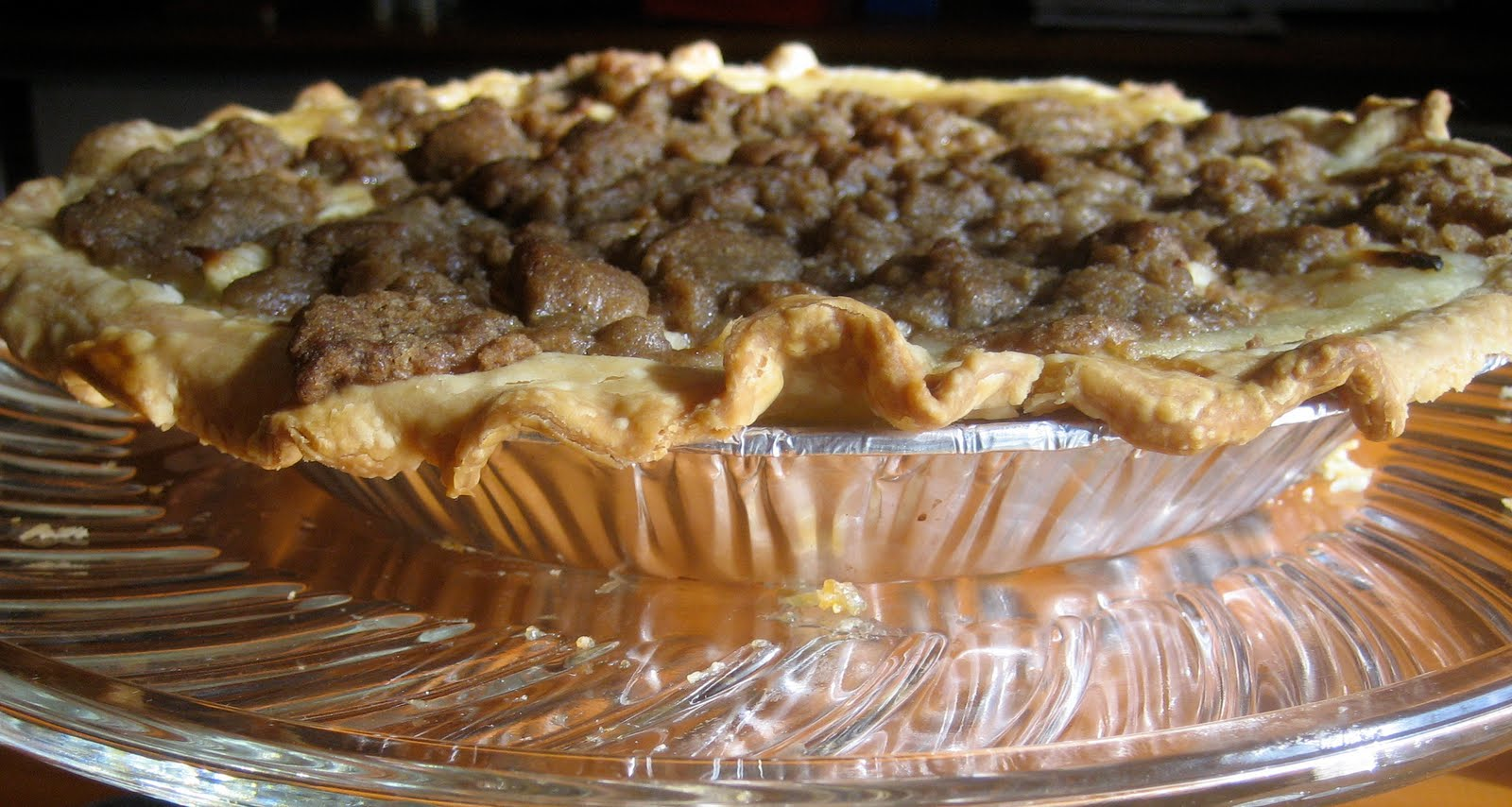 Little Miss Sweet & Spicy: Sour Cream Apple Pie with ...