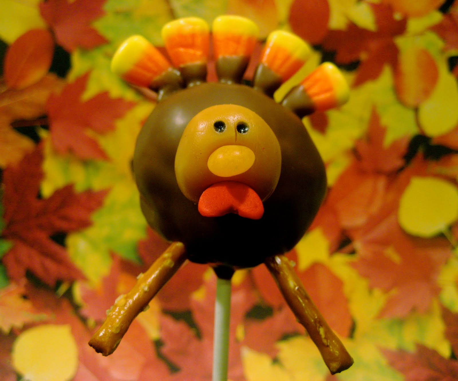 Images Of Turkey Cake Pops : Little Miss Sweet & Spicy: Thanksgiving Day Cake Pops!!