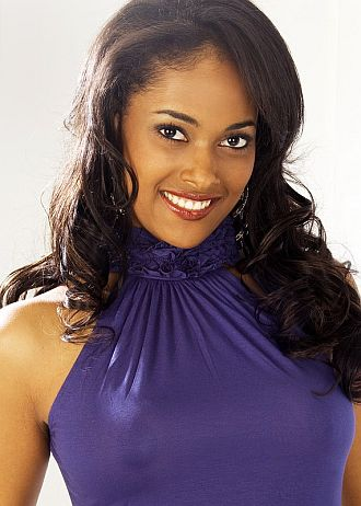 Miss Angola 2007, Micaela Reis