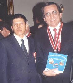 PRIMER MINISTRO CON CESAR ZARATE