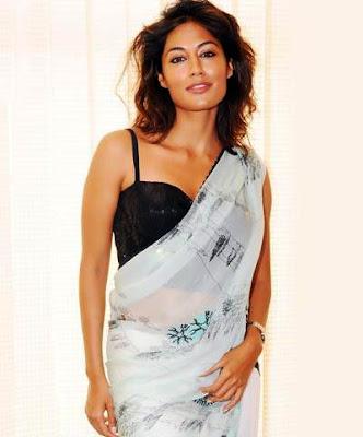 Chitrangada+Singh+hot+in+transparent+saree.jpg (400×482)