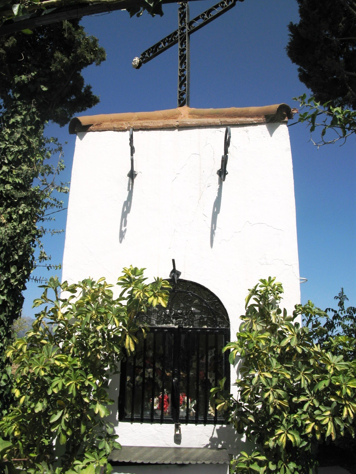 [12+Ermita+Cristo+del+Puerto.JPG]