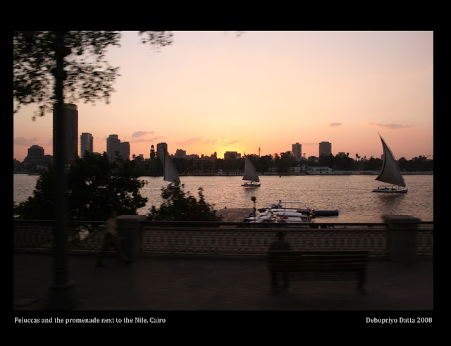 Feluccas and the sunset on the promenade of the Nile