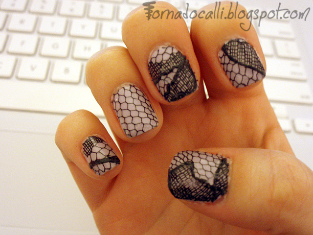 Fistful of Fingernails: Nail Art & Cosmetic Goodness: Lace Nails