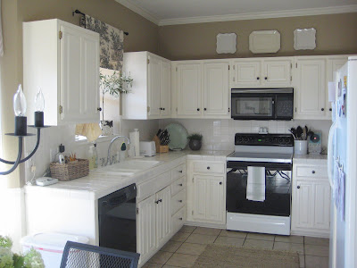 Paint Colors For Kitchens With White Cabinets