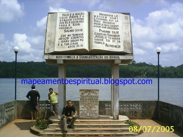 11 - O monumento na fronteira!