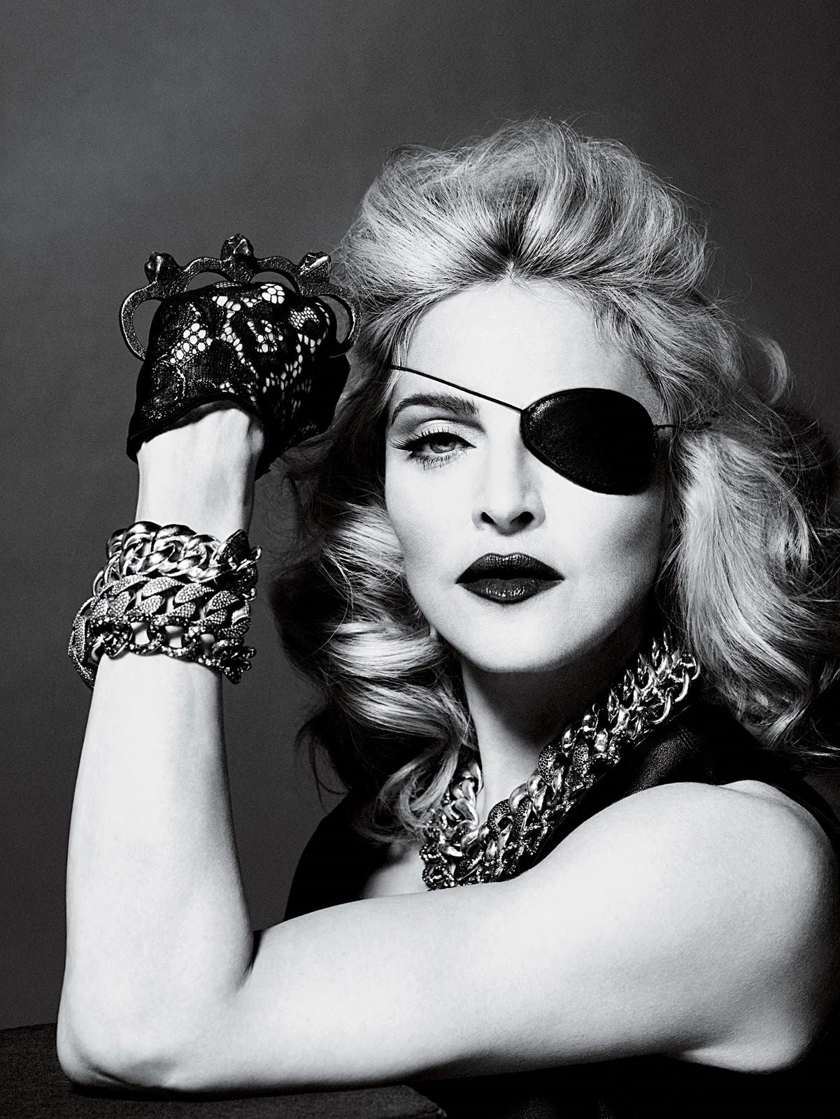 http://3.bp.blogspot.com/_0pynAn-Ksz4/S9_h3If3ClI/AAAAAAAAJEs/32amOHbPk_E/s1600/2010+-+Madonna+by+Alas+&+Piggott+for+Interview+-+14.jpg