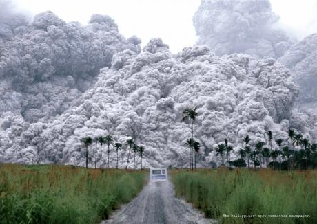 http://3.bp.blogspot.com/_0qK-1yintYI/S821SsyNwYI/AAAAAAAABEA/0_dvZHNMdhI/s1600/volcanic-ash.jpg
