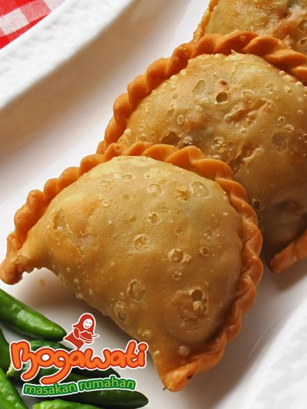 Resep Pastel And Risoles On Pinterest