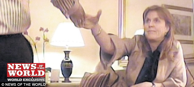 sarah ferguson dutchess of york topless
