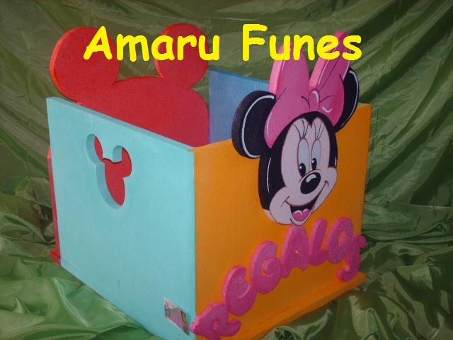 AMARU FUNES DECORACIONES: MICKEY Y MINNIE