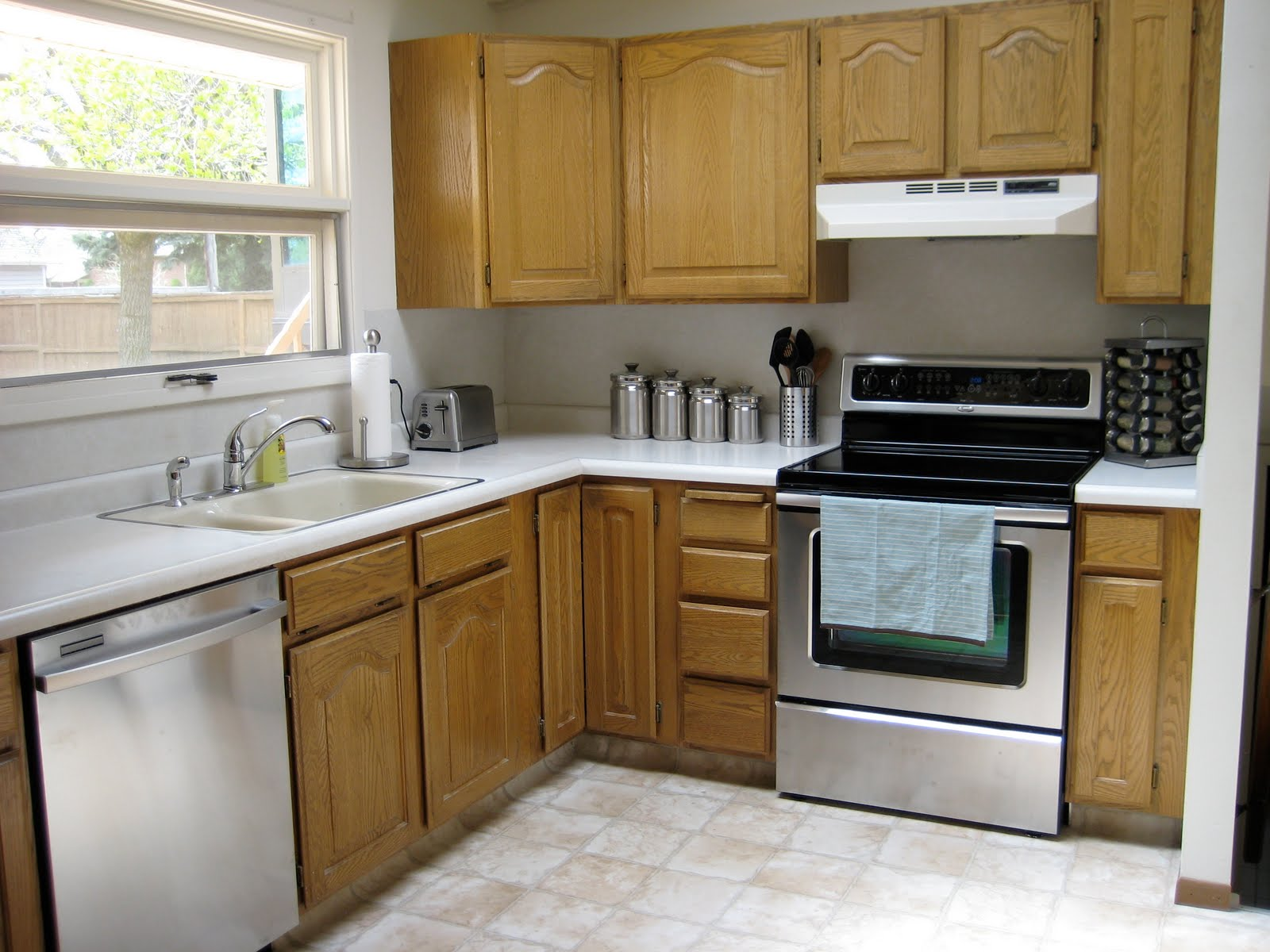 Very fine house kitchen cabinet makeover for Kitchen cabinets makeover