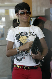 Celebrity Hair Styles With Image Rihanna's Short Hairstyle Gallery Picture 7