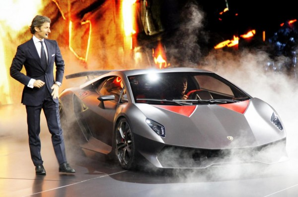 Lamborghini Sesto Elemento Interior. Lamborghini Sesto Elemento Top
