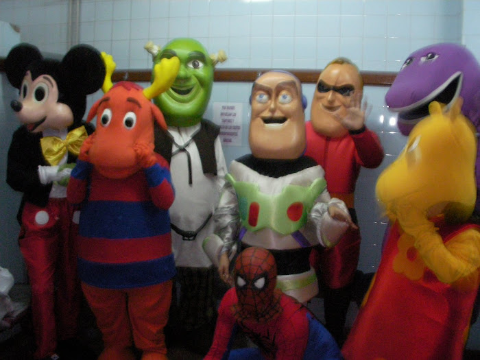Los Muñecos somos todos nosotros!