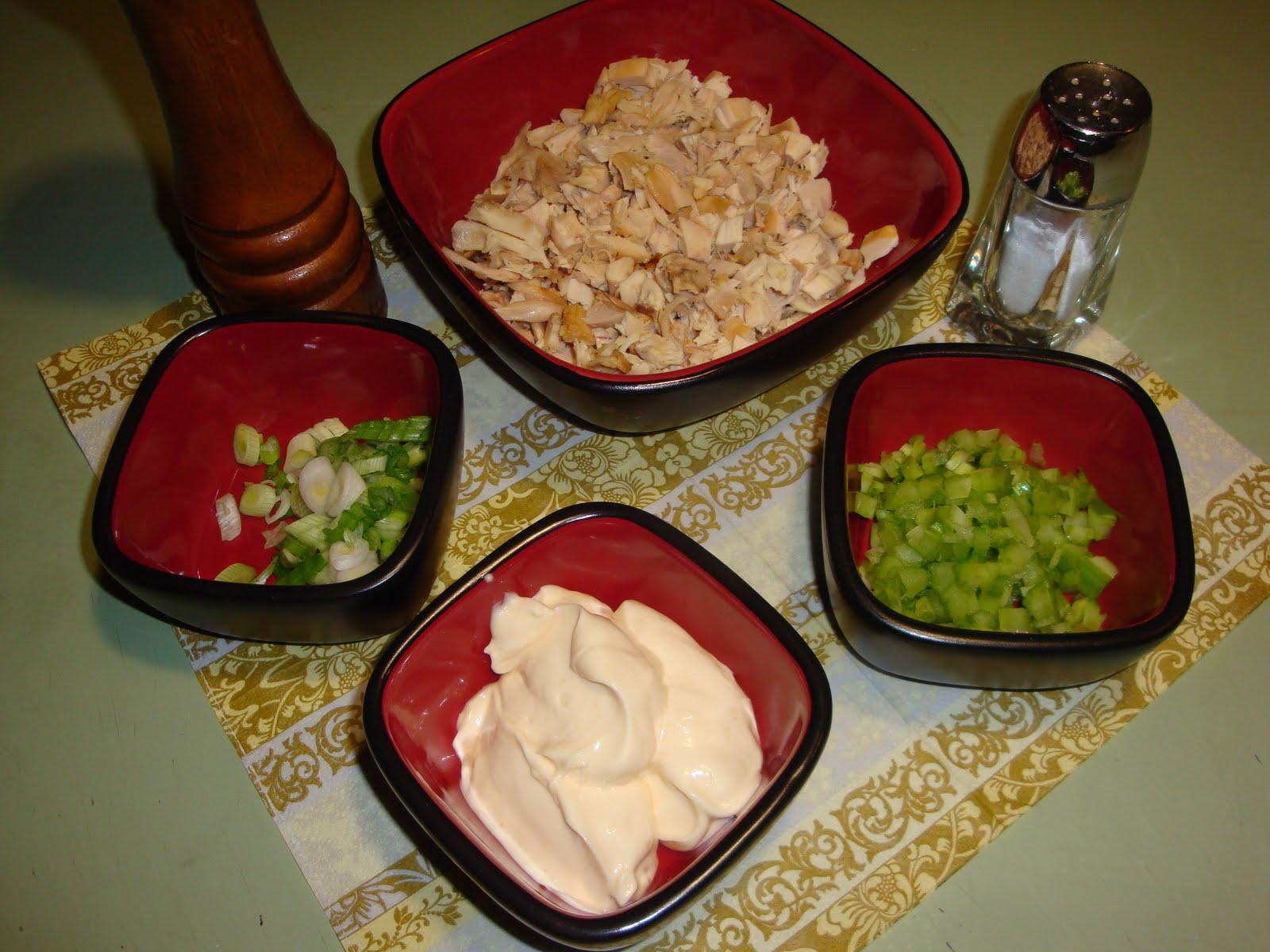 Le dentellier cuisinier croissant la salade de poulet for Cuisinier 2010