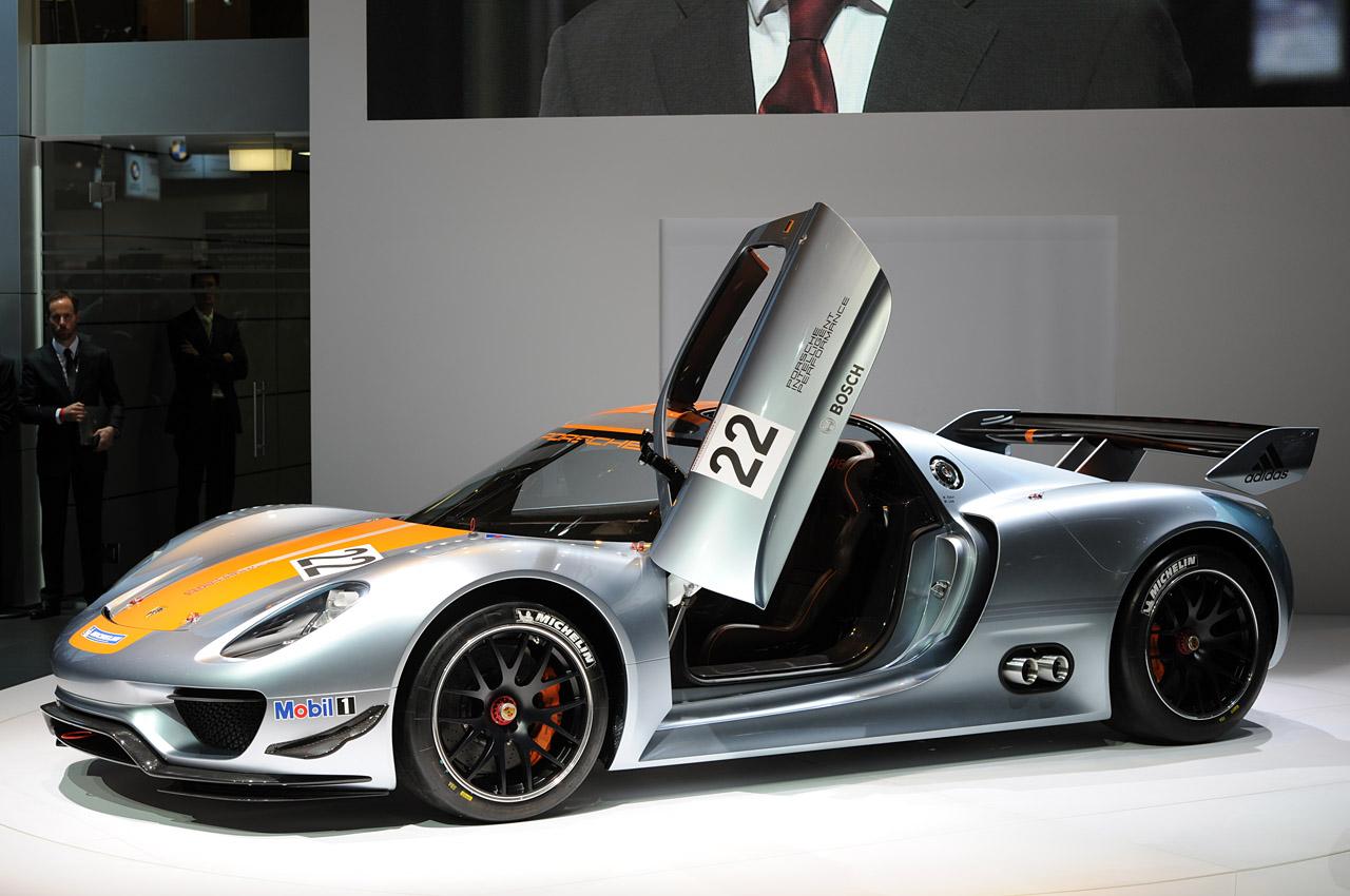 http://3.bp.blogspot.com/_0vQee8oZXq8/TSubvLifXVI/AAAAAAAAWxs/hX8Su-j-3rk/s1600/Porsche+918+RSR+1.jpg
