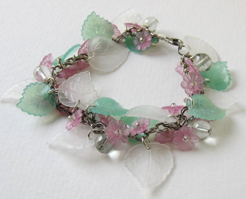 flowers bracelets
