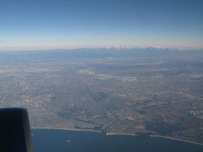 pretty nice view from a Boeing 757 leaving Los Angeles for Chicago