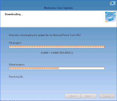 The Motorola Live Update software shows the availability of the download of the upgrade for Motorola Phone Tools (MPT) 5.17d from 5.13b.
