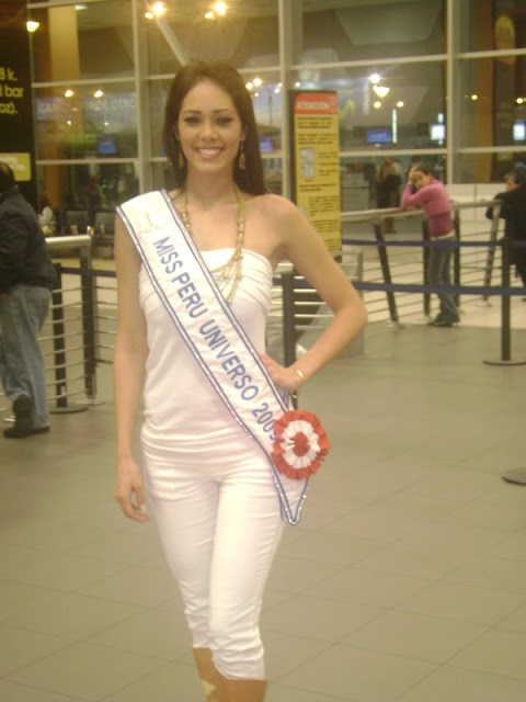 Karen rumbo al Miss Universe 2009